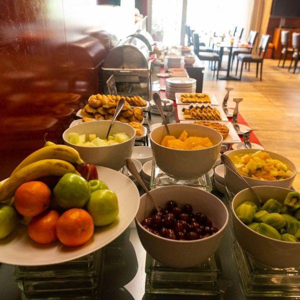 Desayuno BUFFET - frutas frescas